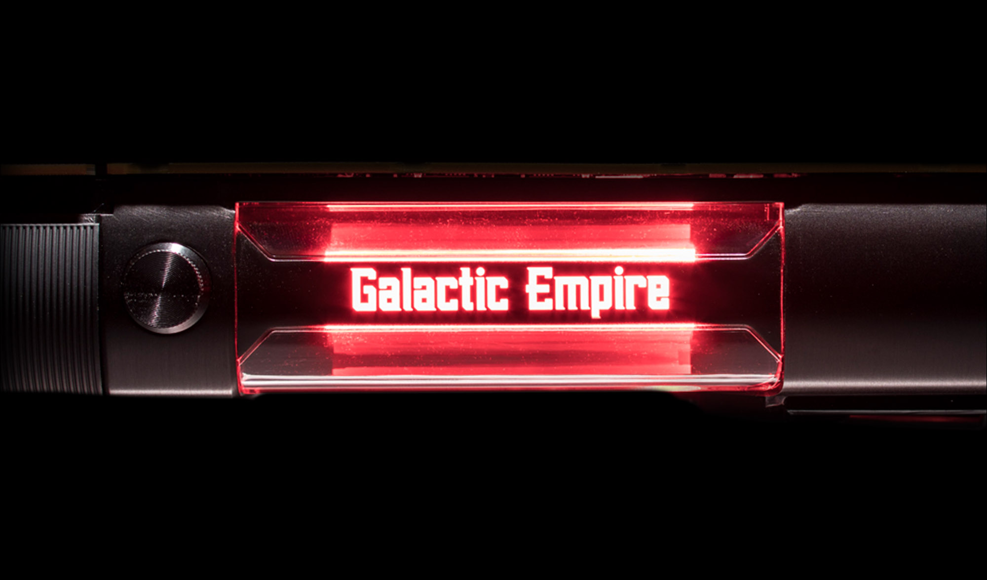 nvidia-titan-xp-ce-star-wars-galactic-empire-gallery-03.jpg